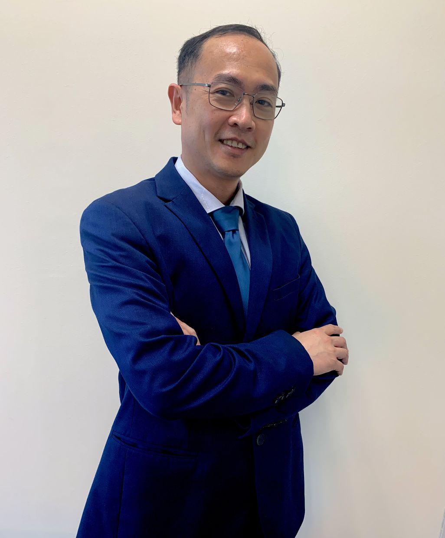 Dr Lim Sze Wei