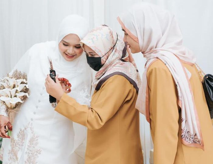 bff kahwin 1